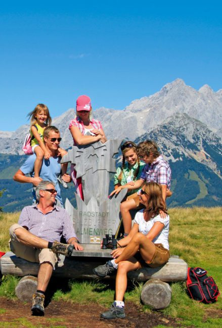 Familienhotel Taxerhof Radstadt Salzburger Sportwelt Wanderurlaub