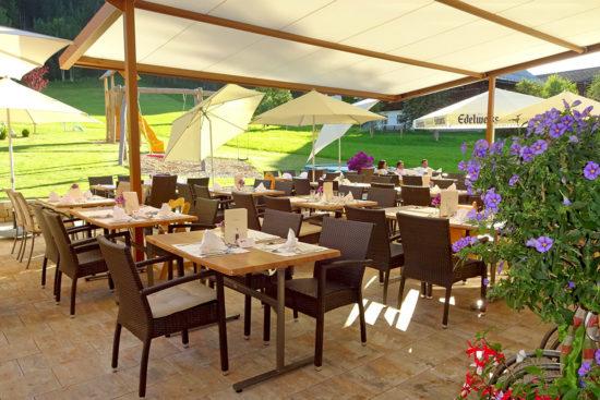 Hotel Taxerhof - Sonnenterrasse