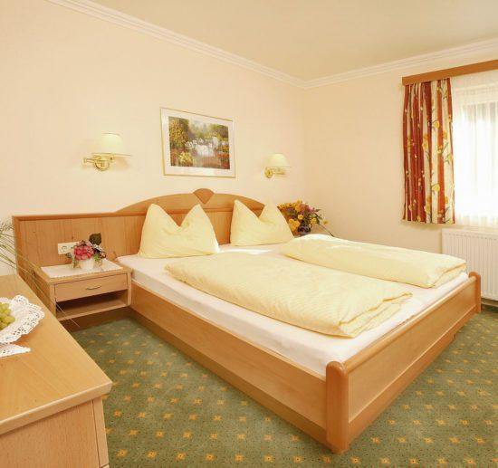 Hotel Taxerhof - Zimmer - Radstadt - Salzburger Land